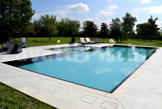 dettagli esclusivi delle piscine a sfioro zavatti