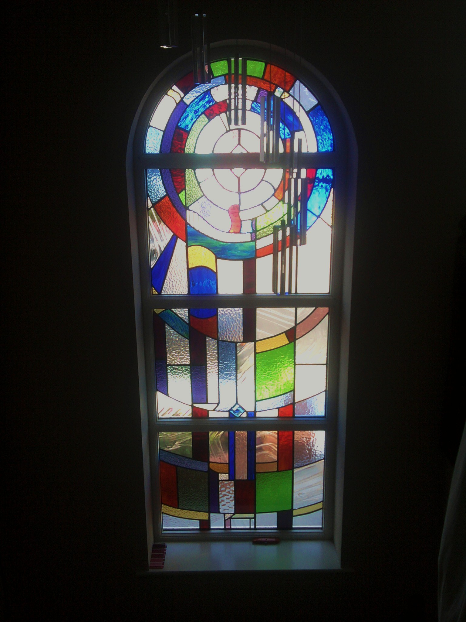 Contemporary stained glass newcastle upon tyne for Contemporary stained glass