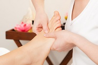 What to expect from a reflexology treatment