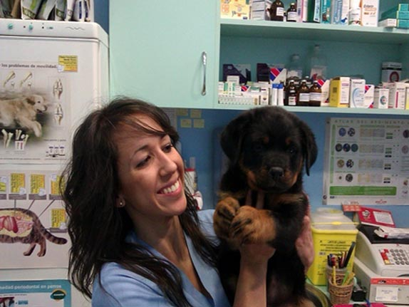 Elena Torres Doctora Veterinaria Madrid