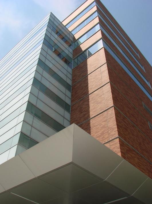rehabilitacion de edificios de oficinas madrid construcciones eficientes