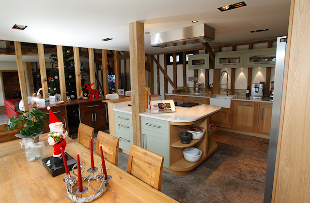 Handmade-Oak-Painted-Kitchen