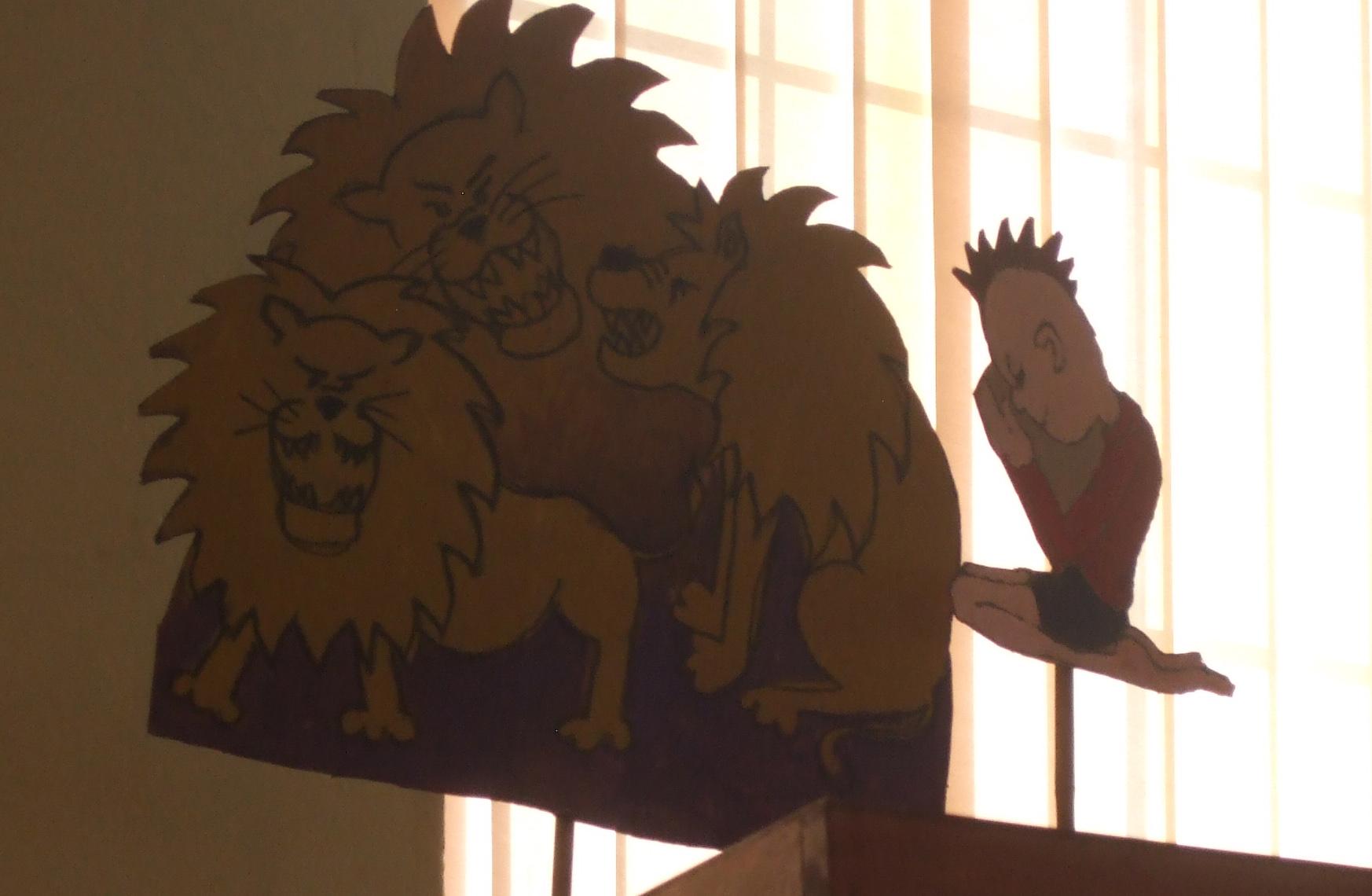 Daniel & the lions puppets